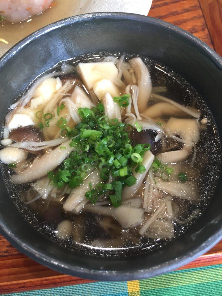 きのこと卵豆腐の澄まし汁